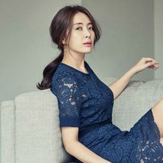 SBS courts Song Yoon-ah to headline Secret Mother Drama Korea, Korean Drama, Korean Actresses, Korean Actors, Now Song, Drama Songs, Lee Bo Young, Eleanor And Park, Smart Girls