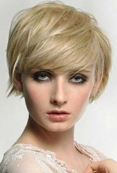 15 Chic Short Haircuts: Trendy Short Hairstyle for Women