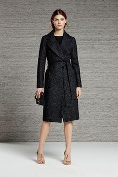 Shop our stylish contemporary womenswear ran Blazers, Reiss, Long A Line, High Fashion, Women's Fashion, Trench, Trendy Outfits, Women Wear, Shirt Dress