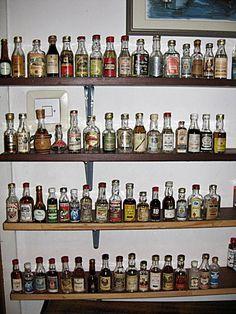 back lit liquor cabinet.I like this idea.or a bottom lit cabinet Wall Bar Shelf, Bar Shelves, Shelving Ideas, Liquor Storage, Mini Liquor Bottles, Home Bar Designs, Garage Design, Bottle Lights, Home Entertainment