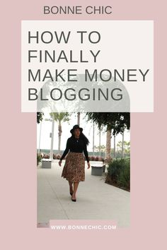 Learn how to finally make money blogging in this step-by-step tutorial. #makemoneyblogging #bloggingtips #startablog