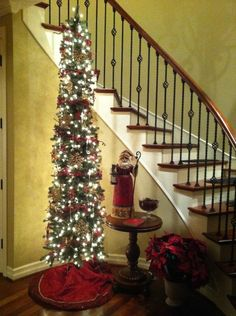 beautify small spaces for christmas balsam hill artificial christmas trees blog - Skinny Christmas Tree Decorating Ideas