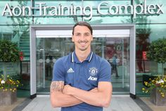 Live reaction to Zlatan Ibrahimovic joining Manchester United - Official Manchester United Website