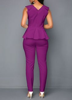 Peplum Waist V Neck Sleeveless Jumpsuit Big Girl Clothes, Trendy Clothes For Women, Suits For Women, Plus Size Formal Dresses, Plus Size Outfits, African Lace Dresses, Off Shoulder Jumpsuit, African Fashion Ankara, Vetement Fashion