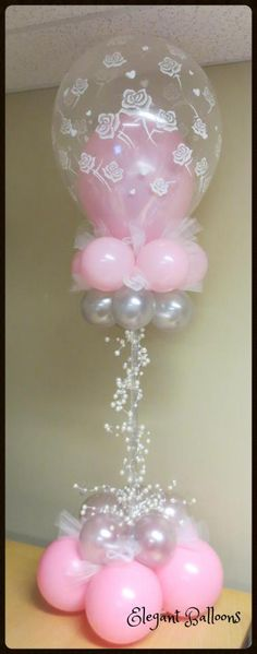 Pink Roses Centrepiece (courtesy of Elegant Balloons) ook te bestellen bij BallonPlus.nl