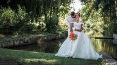 Suzanne et Elyes, wedding couple pose