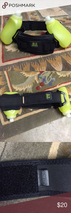 Running water fuel belt Amphipod Running belt for water and fuel. Only used once for a race. Size small amphipod Accessories Belts