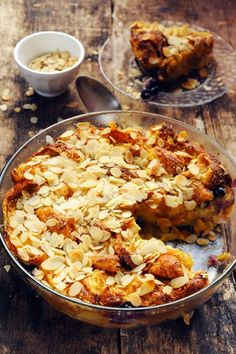 Apple and blueberry croissant pudding recipe!!!  (scroll down for English)-