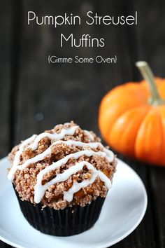 Pumpkin Streusel Muffins by Gimme Some Oven