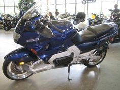 1994 Yamaha GTS 1000. Aluminum perimeter frame, single sided front swingarm, fuel injection. 20 years ahead of it's time.