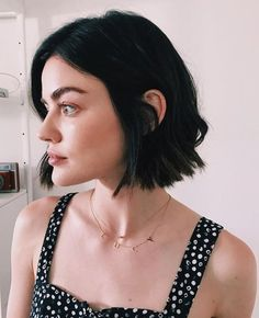 2020 Hottest Haircut Trends Worth Having A Fresh Look Style Aria Montgomery, Aria Montgomery Makeup, Style Tumblr, Lucy Hale Hair, Hot Haircuts, French Twist Hair, Trending Haircuts, Shoulder Length Hair, Hair Looks