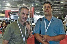 AEROSPACEBRASIL: Retrospectiva 2011 - Jornalista Roberto Caiafa on the Behance Network