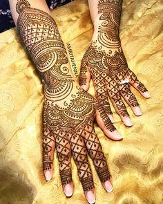 Mehvish's Bridal Henna Back Hand Mehndi Designs, Bridal Henna Designs, Latest Mehndi Designs, Mehandi Designs, Mehndi Tattoo, Henna Mehndi, Henna Art, Hand Henna, Henna Hands
