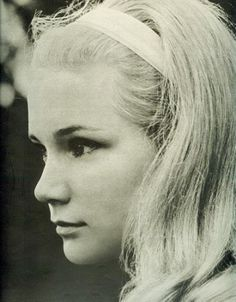 Who is Yvette Mimieux? This can be a very common question for many and that's why you should know that Yvette is a famous American film and TV actress who has taken retirement from the industry. Old Hollywood Glamour, In Hollywood, Yvette Mimieux, 1960s Hair, The Time Machine, Seventeen Magazine, Famous Stars, Celebs, Celebrities