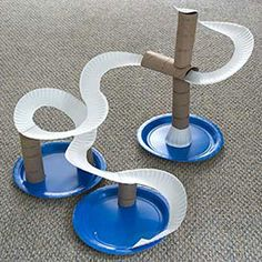 This easy DIY Marble Track can be made with household supplies you probably already have on hand! Stem Projects, Projects For Kids, Diy For Kids, Crafts For Kids, Circuit Projects, Diy Marble, Marble Maze, Marble Runs, Fun Activities For Kids