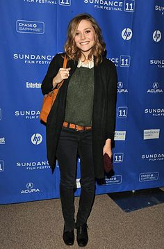 Lizzie Olsen is much more RTW than MK or Ashley, LOVING it