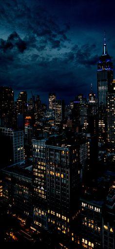City Iphone Wallpaper, New York Wallpaper, Dark Phone Wallpapers, View Wallpaper, Sunset Wallpaper, Iphone Background Wallpaper, Dark Wallpaper, Galaxy Wallpaper, Gotham City