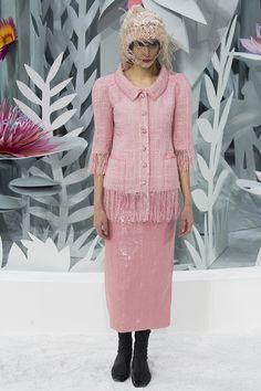 Chanel / Spring 2015 Couture   UniLi - Unique Lifestyle