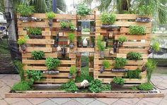 pallets made garden planters