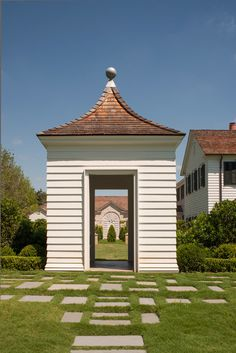 Curtis and Windham - Architect - Houston - Neoclassical - Garden - Grounds - Lawn - Grass - Crisp - Sky - Views - White - Shingle - Brick - Entryway