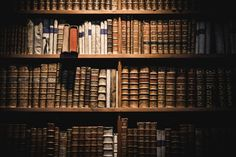 What books should an educated person read? Answers from the reading lists of 1.1 million college courses.