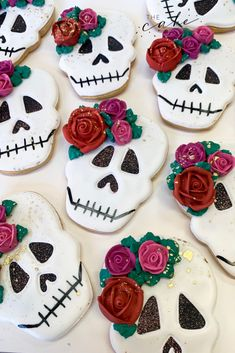 Dia de los muertos cookies. Call or email to order your celebration cookies today. Click the link below for more information. #diadelosmuertos #cookies #cookieart #royalicing #royalicingart #cookies #celebration #party #partyideas #dessert #dessertideas #desserttable