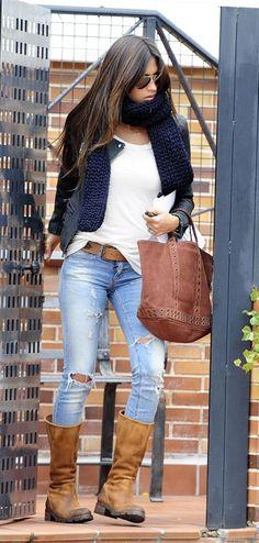 Sara Carbonero, urban chic for hot/cold months like october Look Fashion, Urban Fashion, Girl Fashion, Womens Fashion, Fall Winter Outfits, Autumn Winter Fashion, Spring Outfits, Winter Style, Mode Outfits