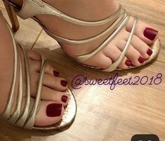 Womens Feet,Ass And Hot Bodys: Archive Cute Toes, Pretty Toes, Feet Soles, Women's Feet, Sexy Legs And Heels, Sexy High Heels, Sexy Zehen, Foot Pics, Beautiful Toes
