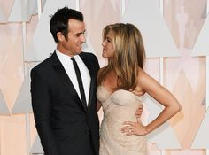 Justin Theroux and Jennifer Aniston   10 Looks Of Love On The Oscars Red Carpet