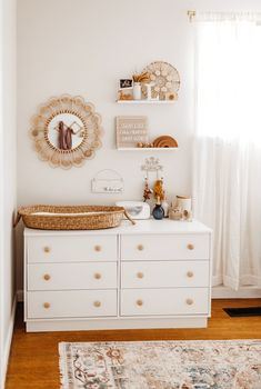 Baby Girl Nursery Room İdeas 618400592569684568 - Our Favourite Room Reveals of 2019 – Hunter & Nomad Source by Baby Nursery Decor, Baby Bedroom, Baby Decor, Baby Gurl Nursery, Nursery Room Ideas, Nursery Ideas Neutral, Small Baby Nursery, Twin Baby Rooms, Boys Bedroom Paint