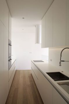 don't be afraid to use light colours - they can help make a small space clean, sharp & bigger than it is