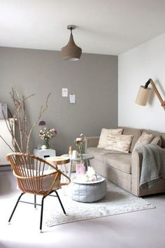 Een Kleine Woonkamer + Must Haves Home Decor Bedroom, Home Living Room, Interior Design Living Room, Living Room Designs, Living Room Decor, Color Interior, Taupe Living Room, Bedroom Wall, Bedroom Ideas