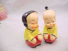 Fabulous Vintage Chinese Kids Salt Pepper Shakers