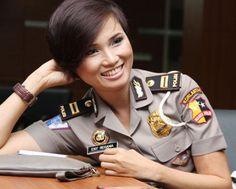 7 Polwan Paling Cantik di Indonesia