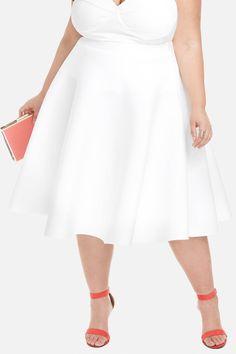 Fashion to Figure Circle Midi Skirt Plus Size White Outfit, Plus Size Outfits, Fashion Models, Ad Fashion, Fashion Outfits, Fashion Styles, Cute Asian Fashion, White Fashion, White Outfits For Women