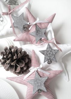 Top 40 Christmas Star Decorations Ideas - Christmas Celebration - All about Christmas Christmas Sewing, Noel Christmas, All Things Christmas, Simple Christmas, Winter Christmas, Christmas Ornaments, Christmas Fabric, Christmas Greetings, Navidad Simple