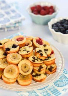 Easy oven baked yogurt pancake bites recipe - fun family friendly breakfast idea made in a mini muffin tin from Eats Amazing UK