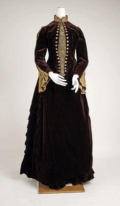 1887 Dress