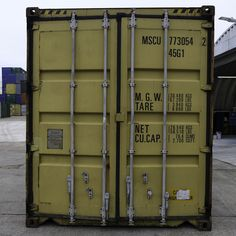 We have second-hand 40ft Highcube containers ready for your purchase! A perfect storage soloution Wind & watertight Visit our website for a delivery price! Container Sales, Containers For Sale, Locker Storage, Cube, Delivery, Website
