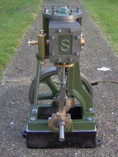 Mini Steam Engine, Kinetic Toys, Steam Toys, Stirling Engine, Steampunk Furniture, Steam Boiler, Magnetic Motor, Motor Engine, Vintage Tractors