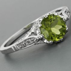 Antique Peridot Engagement Ring Diamonds Edwardian Style This is the most perfect ring!