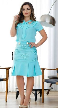 Rosa Style, Pink Fashion, Womens Fashion, Ladylike Style, Under Dress, Office Dresses, Dress And Heels, How To Look Classy, Dress Skirt