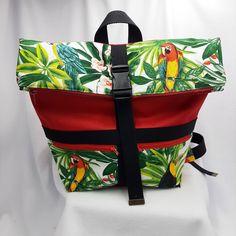 Sac à dos Troïka en toile rouge et imprimé tropical cousu par Christine - Patron Sacôtin Diaper Bag, Bags, Tropical Prints, Sewing, Toile, Handbags, Diaper Bags, Mothers Bag, Bag