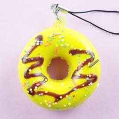 Squishy Gelb Donut mit Schokomuster - Kawaii- und Bastelshop