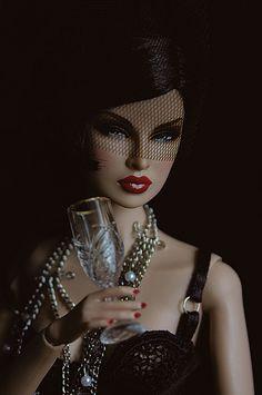 Jasmine V world: Barbies High Fashion Play Barbie, Barbie I, Barbie World, Barbie And Ken, Barbie Style, Barbie Fashion Royalty, Fashion Dolls, Gothic Dolls, Living Dolls