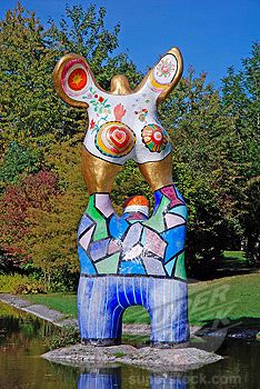 """The Poet and his Muse"" by Niki de Saint Phalle, Ulm, Baden-Wuerttemberg Mosaic Garden, Mosaic Art, Garden Art, Mosaics, Jean Tinguely, Atelier D Art, Fat Art, Art Sculpture, Art Inspo"