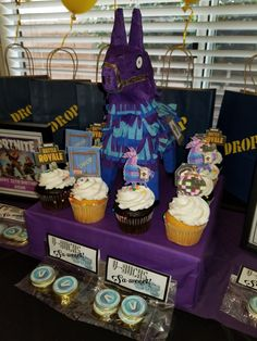 Cricut cut cupcake pics and DIY Fortnite llama Fortnite party Thomas Birthday Parties, Leo Birthday, Birthday Ideas, Army Party, Tangled Party, Video Game Party, Pokemon Party, Recycling, Sleepover Party