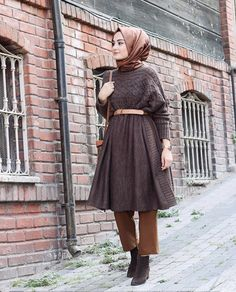 Abaya Fashion, Muslim Fashion, Modest Fashion, Girl Fashion, Fashion Outfits, Womens Fashion, Modest Wear, Modest Outfits, Casual Outfits