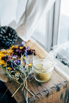 ... DIY beeswax candles ...