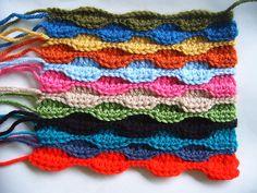 Scrap yarn eyeglass case free crochet pattern